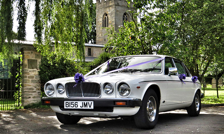 Classic Jaguar Wedding Car | Aura Wedding Cars ...